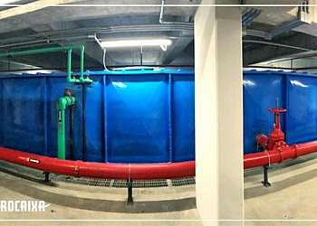 Fábrica de reservatório de água